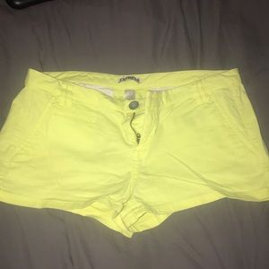 Express Shorts - Express yellow shorts